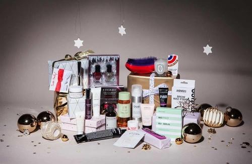Beauty Weihnachtskalender.Buy Niche Beauty Limitierte Festive Edition Box Niche Beauty