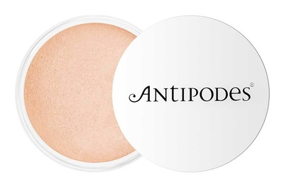 Antipodes ® Mineral Foundation Light Yellow 02