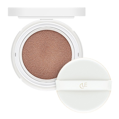 CLĒ Cosmetics Essence Moonlighter Cushion